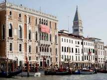 """""""不便""""をも愉しみに。古都のしたたかな戦略 -「第56回 ヴェネツィア・ビエンナーレ」【1】"""