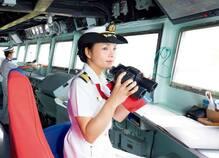 国と乗員の命を預かる女性護衛艦艦長