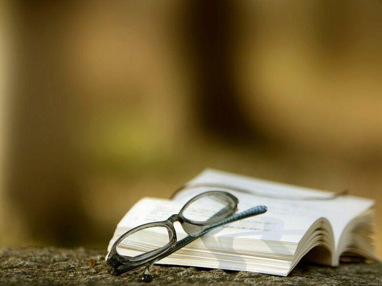 ビジネスの知識は「経済小説」で学べ!