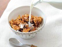 栄養満点! 忙しい朝にも活躍「バター風味のグラノーラ」のレシピ