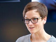 二輪業界にもっと女性の意見を活かしたい -BMW Motorradドイツ本社 マーケティング部長 サンドラ・エイムさん【前編】