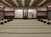 仕事帰りにお寺で学ぶ
